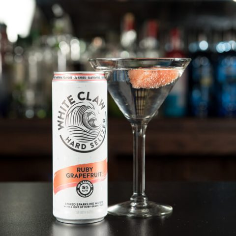 2019 The Exchange White Clawtinis Grapefruit With Can