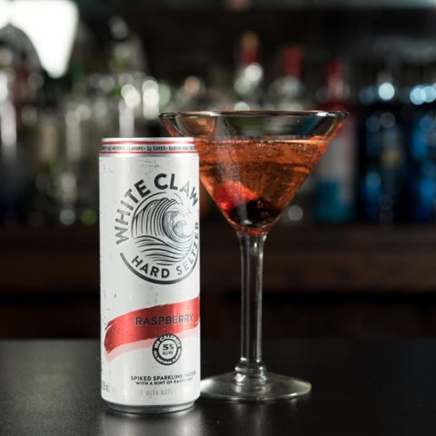 2019 The Exchange White Clawtinis Raspberry With Can